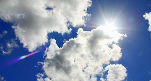 Данас промењиво облачно, местимично са пљусковима и грмљавином