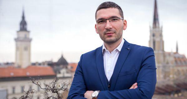 Нико нема право да потпиШе  независност Косова