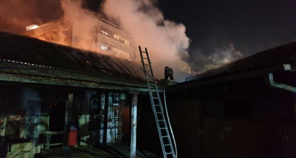 Пожар у центру града