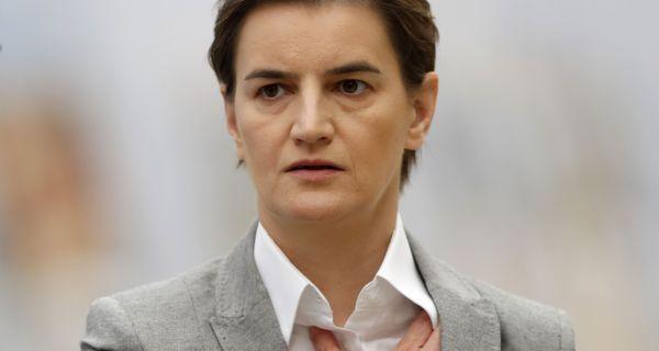 Brnabić: Svi srpski građani koji dolaze iz inostranstva obavezno idu u izolaciju