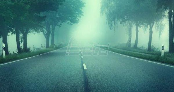 Magla smanjuje vidljivost u Požegi i na Crnom vrhu, kamioni na izlazu čekaju i do 12 sati