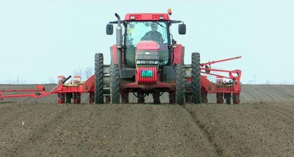 Пољопривредници: Сетва скупља од прошлогодишње
