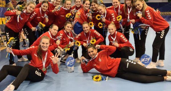 Bronza za Srbiju, trofej za Lanu