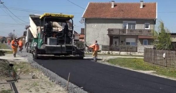 Novi asfalt za ulicu Stepe Stepanovića na Jevremovcu
