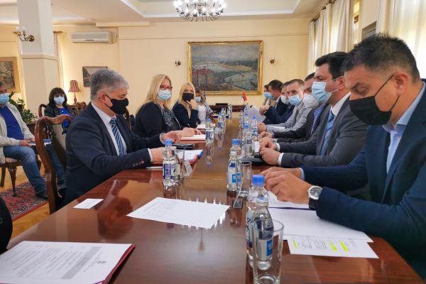 Друга седница Савета Мачванског управног округа: Примена мера за сузбијање Ковида 19