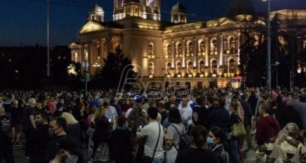 Полиција избацила демонстранте из Скупштине