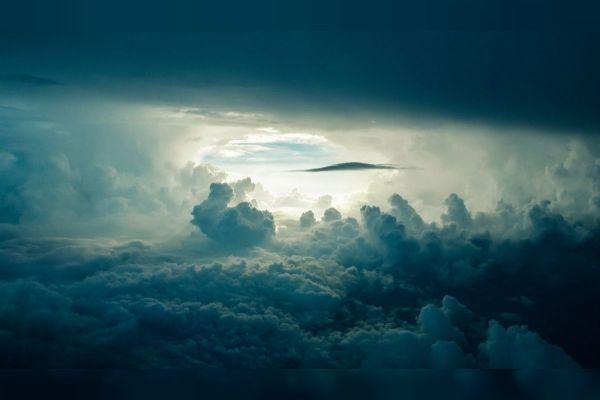 Жеља у поноћ када се небеса отворе