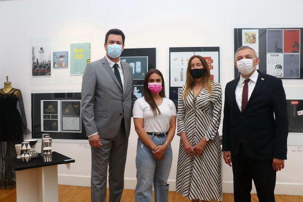 Godišnja izložba učenika Škole primenjenih umetnosti potvrda kvaliteta obrazovne ustanove