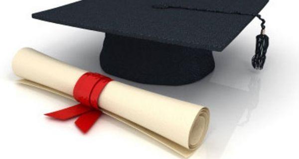 Najuspešnijim  studentima dodeljene opštinske stipendije