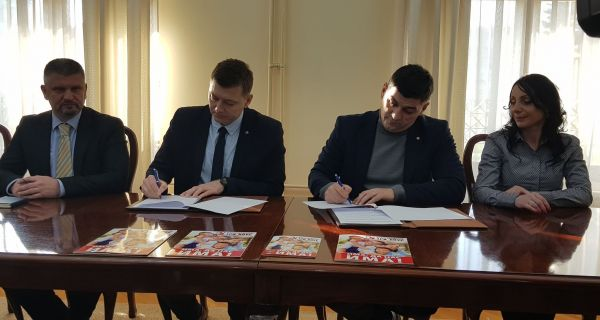 "Šabac zvanično postao član pokreta ""Tri plus"""