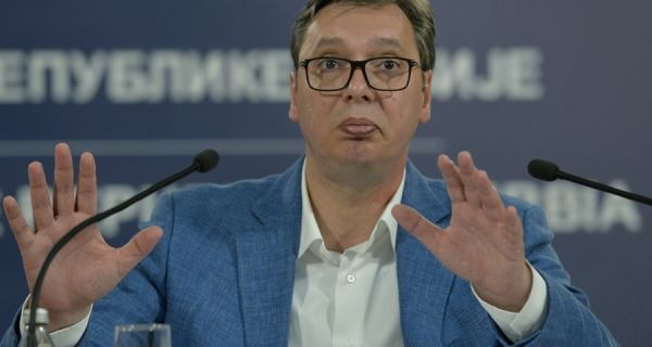 Vučić: Podržavam ljubav rektorke i studenata