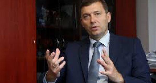Зеленовић: Трагично што власт уређује улице у Мајуру месец дана пред изборе у том селу
